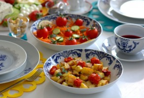 Baharatlı  Domatesli  Patates  Tava